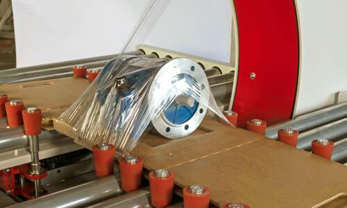 GGマシン TPモデル ストレッチフィルムによるトレイ一体型梱包